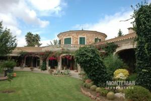 Alqueria Blanca - Landhaus mit Parkgarten zum Kauf