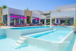 Sol de Mallorca - Hochmoderne Villa in exponierter Wohnlage zum Kauf