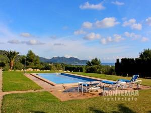 Son Servera - Charmante Finca mit einem fantastischen Panoramablick und Ferienvermietungslizenz