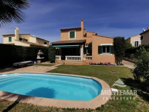 Sa Ràpita - Schönes Chalet mit Pool zum Verkauf