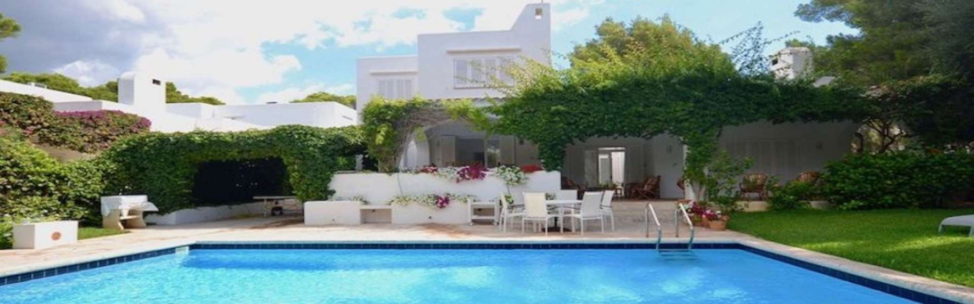 Cala d'Or - Villa im ibizenkischen Stil zum Verkauf