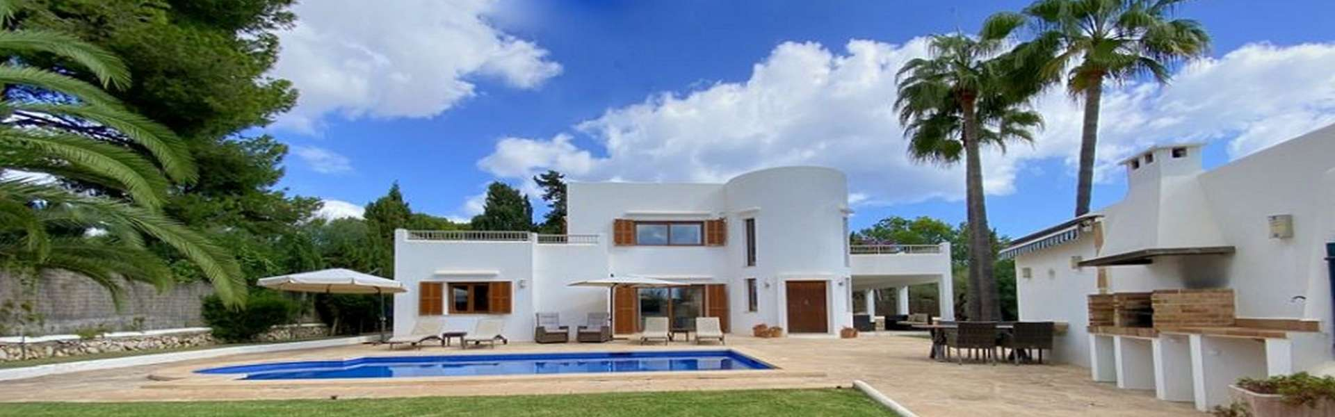 Villa in 2ter Meereslinie in Cala d'Or zum Verkauf