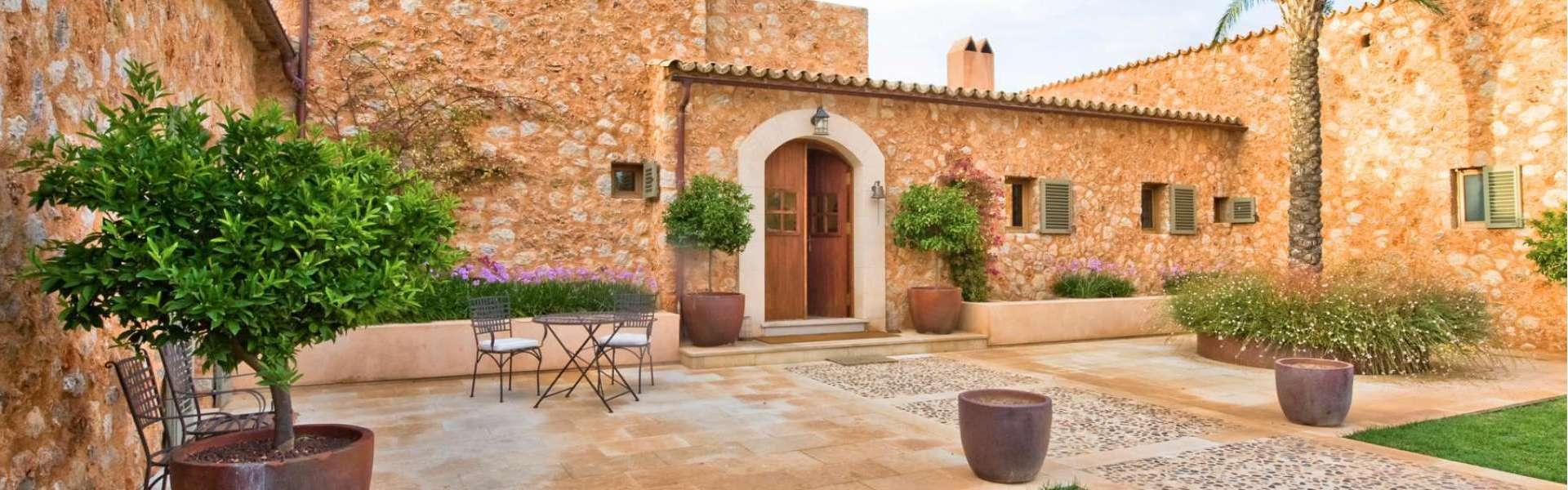 Traumhafte Neubaufinca mit wunderschönem Garten in Santa Maria