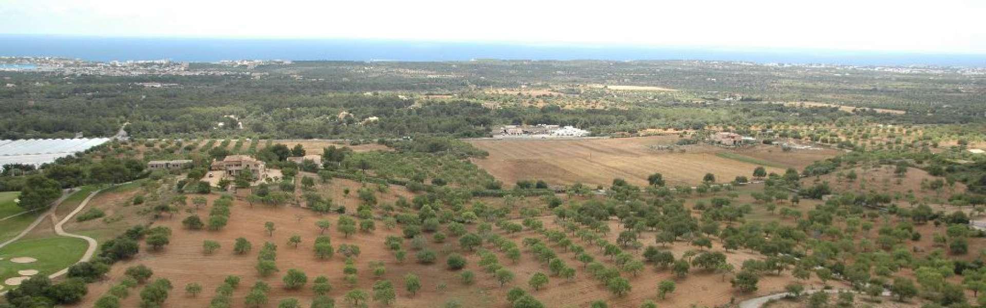 S'Horta - Baugrundstück direkt am Golfplatz von Vall d'Or