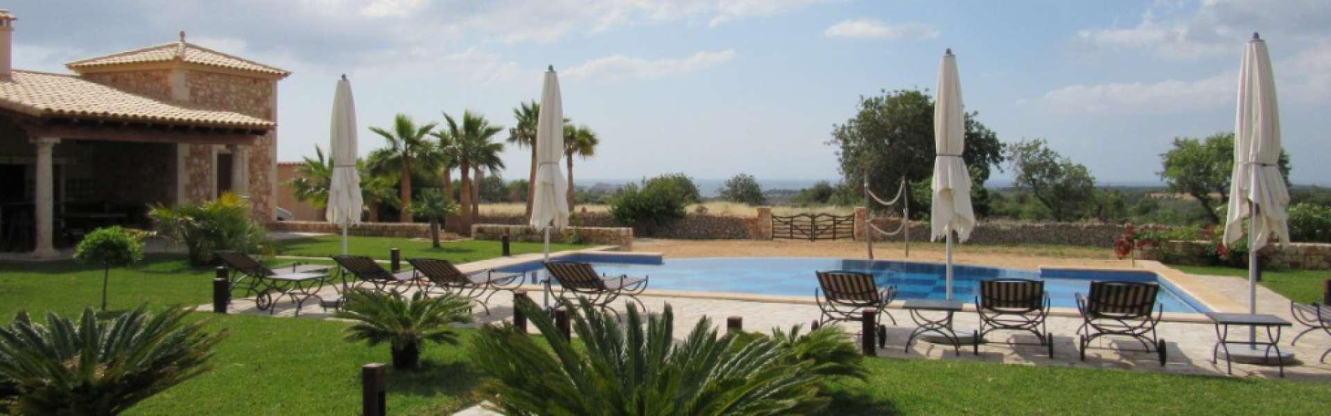 Porto Colom - Großzügige Finca nahe Calas de Mallorca zum Kauf