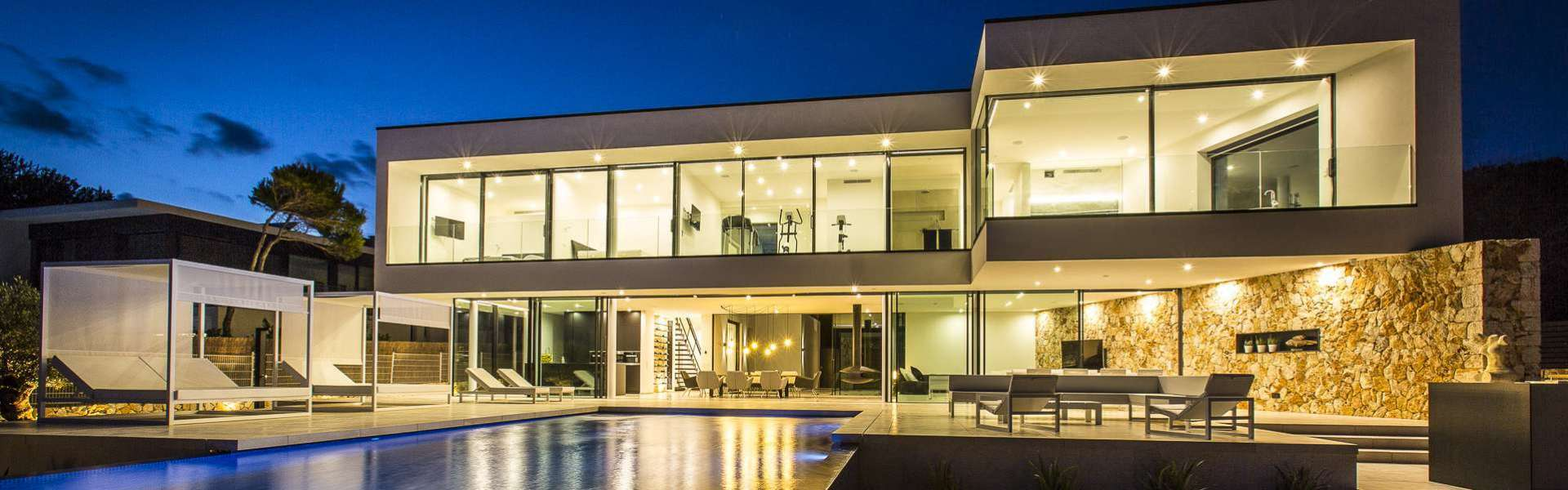 Cala Pi - Exklusive Villa direkt am Meer