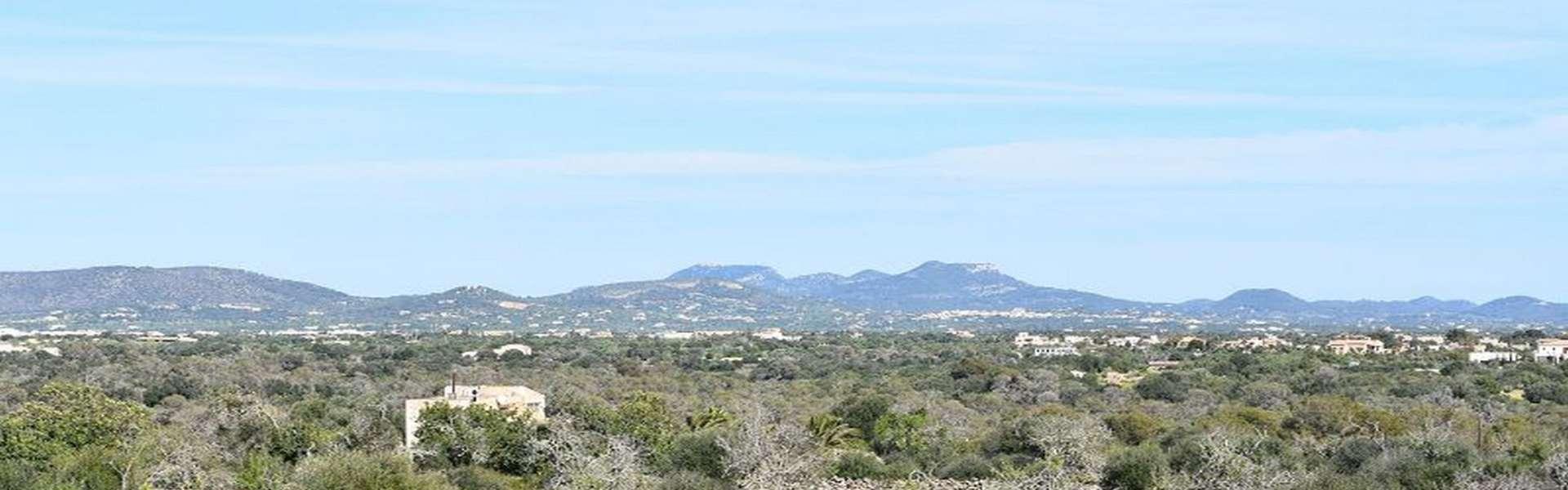 Grundstück mit Meerblick und bestehender Baugenehmigung in der Cala Llombards