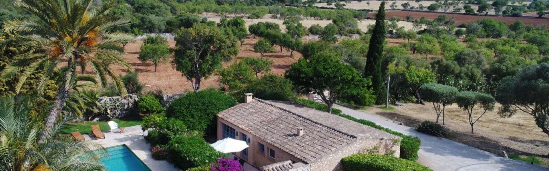 Finca Anwesen in traumhafter Lage zwischen Alqueria Blanca und Cas Concos