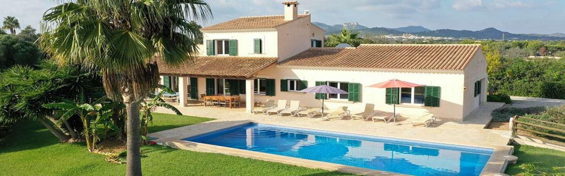 Schönes Landhaus mit Ferienvermietungslizenz in Cala d´Or